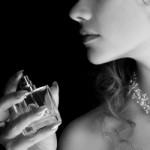 季節に応じての香水選びの秘訣
